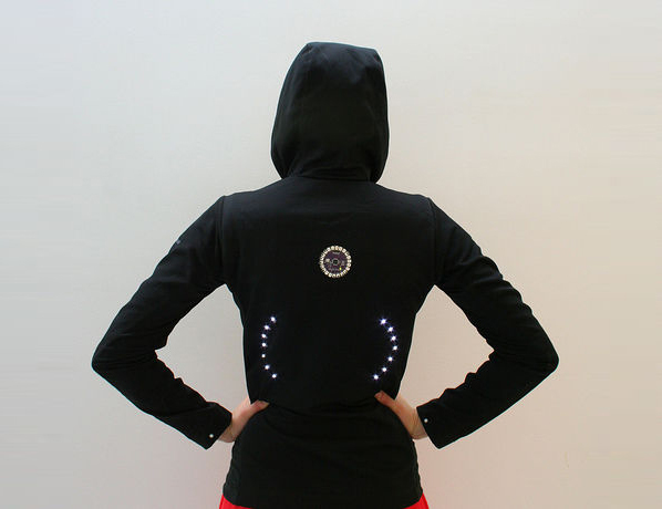 Turn signal biking jacket Step 07f.jpg