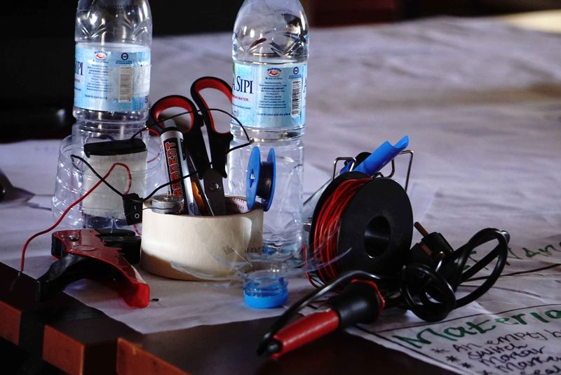 Water Bottle fan Tools and Materials2.jpg