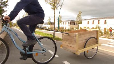 Remorque_à_vélo_w_remorque_simple.jpg