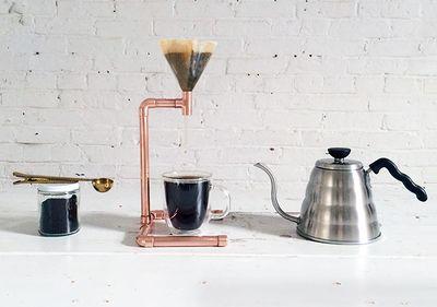 Cafetière_à_filtre_avec_des_tuyaux_de_cuivre_hmm_ep53_coppercoffeemaker_option2.jpg
