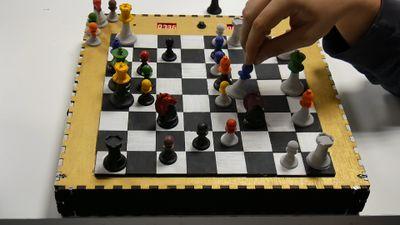 Horloge_de_jeu_d'échecs_final.jpg